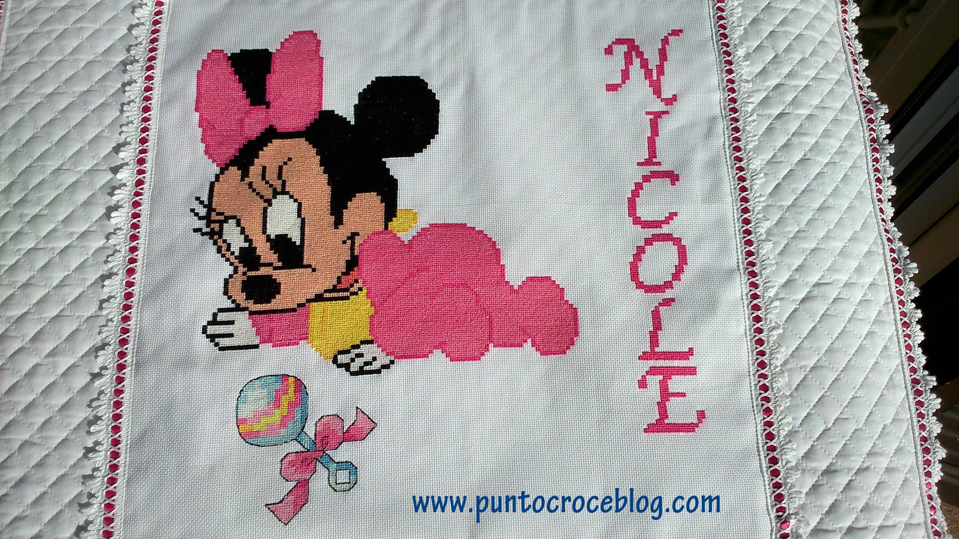 Copertina Baby Minnie